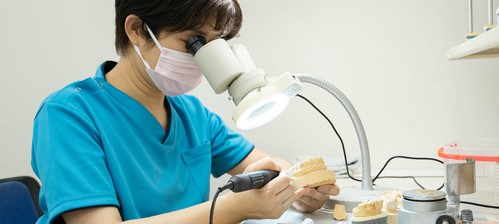 専用歯科技工所